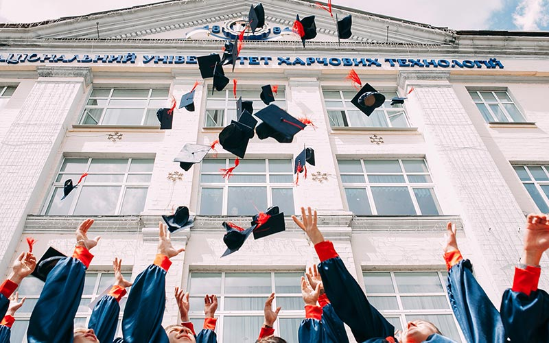 graduation-life